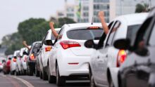 Com gasolina e aluguel de carro nas alturas, rodar em app só compensa 'nas corridas top'