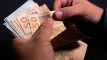 Caixa deposita auxílio para atender 2,44 milhões de pessoas nesta terça-feira