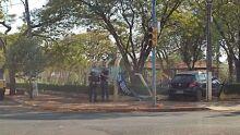 Motorista perde o controle de direção e 'invade' parque em Dourados