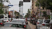 Movimento 'Agora é Ciro' realiza adesivaço na avenida Afonso Pena hoje