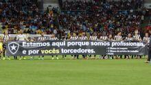Jogadores do Botafogo cobram publicamente salários atrasados