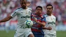 Palmeiras vence Fortaleza e mantém caça ao Flamengo