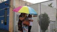 Tempo fecha de vez e alguns bairros já registram chuva em Campo Grande
