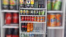 Dupla tenta enganar PM e acaba presa por furtar geladeira de farmácia na Afonso Pena