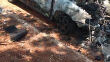 Carro de luxo é incendiado no bairro Monte Castelo