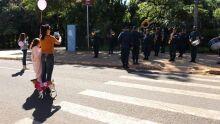 Polícia Militar realiza serenata em homenagem às mães nas ruas da Capital do MS