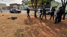 Morador de rua é achado morto em praça de Corumbá
