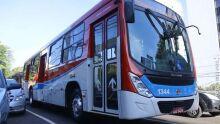 Ônibus circulam normalmente durante o fim de semana; veja o horário da linha que deseja usar