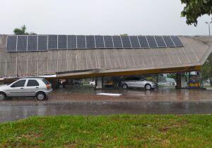 Vídeo: tempestade atinge região central e teto de posto de gasolina na Mato Grosso desaba