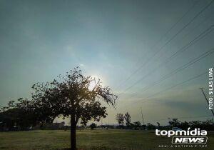 Sábado de 40ºC e chance de chuvarada em MS, prevê meteorologia
