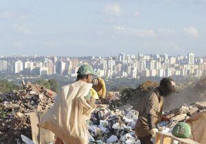 Pobre precisa juntar dois auxílios emergenciais para ter cesta básica em Campo Grande