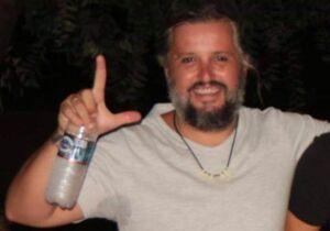 Professor universitário bêbado entra com carro dentro de lanchonete em Aquidauana