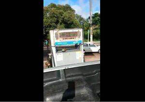 VÍDEO: cliente denuncia bomba rodando sem sair diesel em posto de Campo Grande