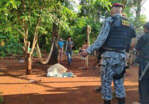 Mulher cansa de apanhar e mata marido a facadas em assentamento