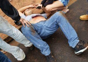 Guarda municipal é confundido com ladrão, espancado e atira em agressor