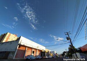 Céu azul e frio: sexta-feira continua gelada em Campo Grande