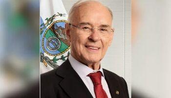 Aliado de Bolsonaro, senador Arolde de Oliveira morre por complicações da covid-19