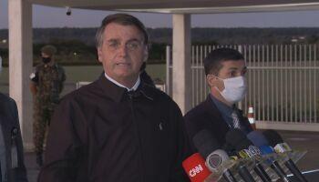 Bolsonaro desiste de decreto que sugeria privatização do SUS