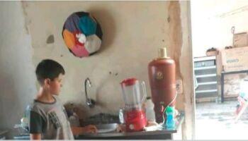 Cafezais: dona de loja empresta copo de liquidificador para garoto e mãe agradece: 'bom coração'