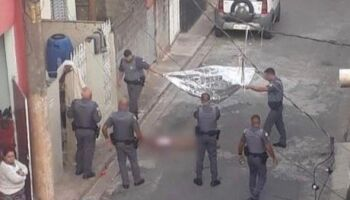 Corpo de mulher decapitada é encontrado e polícia procura suspeito