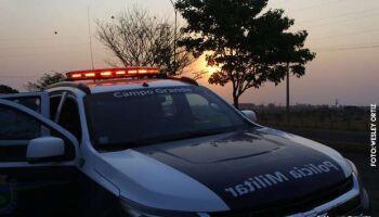 PM prende homem que estava atirando para comemorar aniversário no Vespasiano Martins