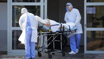 Brasil registra 407 mortes por covid-19 em 24 horas; total vai a 159.884