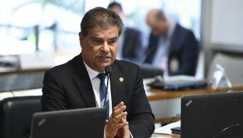 Nelsinho chega à Rússia para entregar pedido de Bolsonaro para libertar brasileiro preso