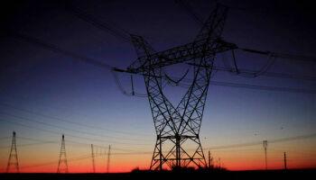 Sem luz há 21 dias, moradores do AP sofrem prejuízos de forte temporal