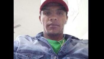 Jovem quebra o pescoço e morre após acidente de moto