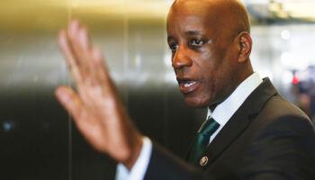 Presidente da Fundação Palmares ataca: 'morto no Carrefour não era preto honrado'