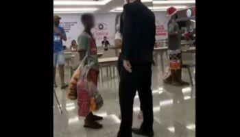 Vídeo: seguranças tentam expulsar garotos de shopping, mas clientes reagem