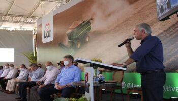 Em Caarapó, governador inaugura indústria com 300 empregos