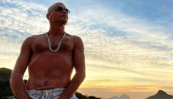 """""""O álcool é a droga mais pesada que conheci"""", diz Fábio Assunção após 7 meses de tratamento"""
