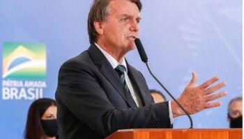 Bolsonaro pensa em PEC emergencial e volta do auxílio