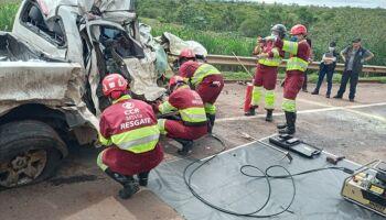Casal de Campo Grande morto em batida de S-10 com caminhão na BR-163 é identificado