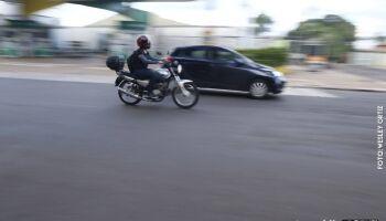 'Doidão': motociclista alega estar drogado após manobra perigosa em Campo Grande