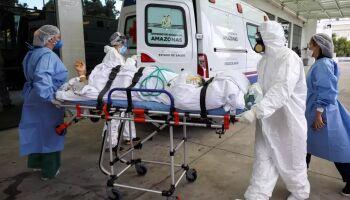 Domingo de 551 mortes e 33 mil novos casos de covid no Brasil