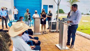Eduardo Riedel participa de entrega de obras e anuncia investimentos no interior de MS