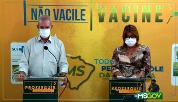 Vacinação em idosos pode começar na segunda, mas depende de nova remessa, diz Geraldo