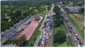 Vídeos desmentem Bolsonaro e mostram manifestação gigante em Campo Grande