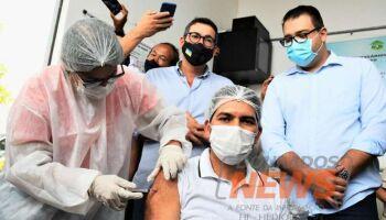 Enfermeiro é o primeiro vacinado contra covid em Dourados: 'vamos trabalhar muito melhor'