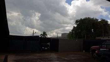 Mesmo sem previsão, pancadas de chuva retornam em Campo Grande