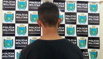 Adolescente é flagrado dirigindo 'chapado' no bairro Amambaí