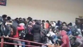Vídeo: grade é rompida e sete universitários morrem na Bolívia
