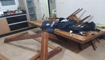 Homem é socorrido após levar cadeirada do enteado, mas 'some' da UPA Vila Almeida