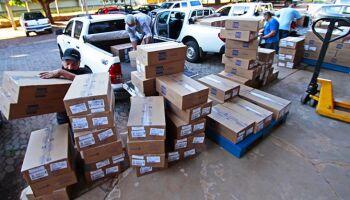 Carga com 338 mil kits intubação chega a Campo Grande na noite deste sábado