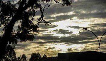 Quarta-feira será nublada e chuvosa em MS