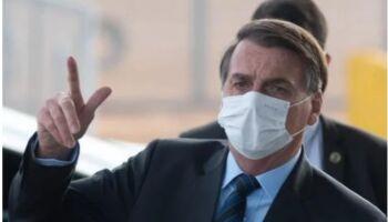 """""""Eu veto"""": Bolsonaro critica 'passaporte da vacina' contra covid"""