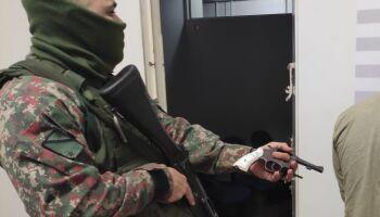 Assaltante é preso após trocar tiros com a PMA em Mundo Novo