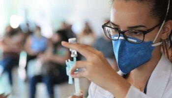 Campo Grande retoma vacinação contra covid no período da tarde em Campo Grande